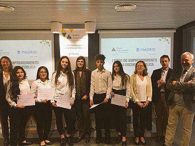 El Colegio Nazaret Oporto ganador  del  I Foro de Emprendimiento en la FEEP