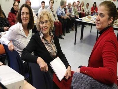 Manuela Carmena y Celia Mayer en el María de Maeztu