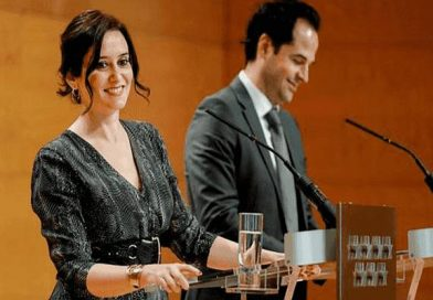 Díaz Ayuso contrata con la sanidad privada ('Quirón Prevención') por 200.000 euros para tres meses de rastreadores