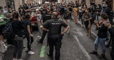 La presión popular logra parar un desahucio en Carabanchel y otro en Lavapiés al borde del confinamiento